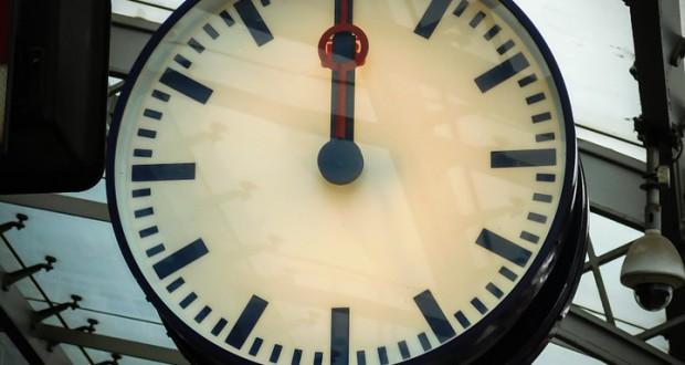 clock-997055_960_720